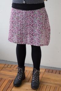 kjol prickig (1 av 1)-2