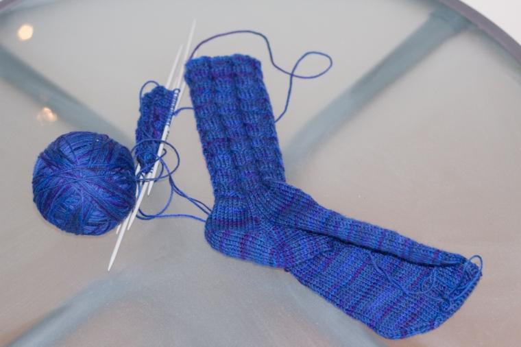 blåa sockor (1 av 1)